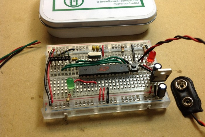 Review: MintDuino: Building an Arduino-Compatible Breadboard Microcontroller